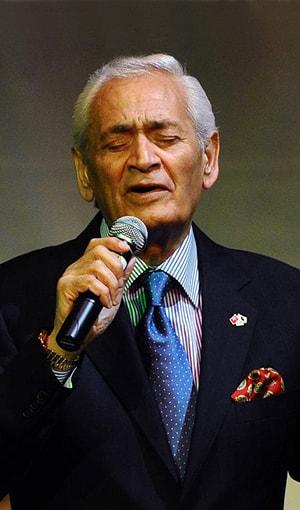Adnan Şenses Şarkı Sözleri SarkiSozleriHD.com