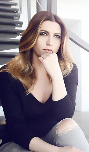Selin Atasoy Şarkı Sözleri SarkiSozleriHD.com